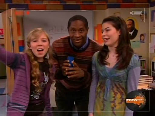 Tim Russ as the School Principal in ep. 1.19 of İiCarlyİ