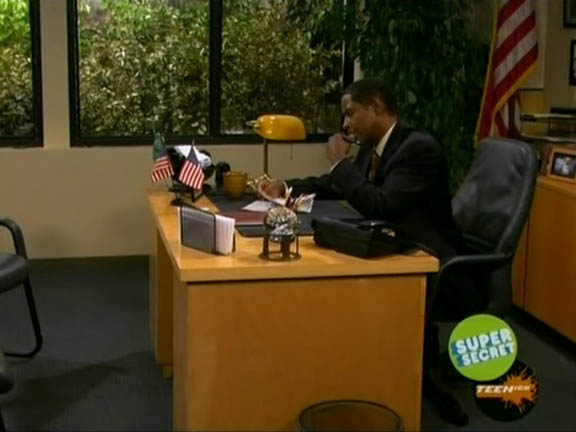 "Tim Russ as the School Principal in ep. 1.12 of ""iCarly"""