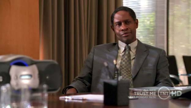 "Tim Russ as Gordon Benedict in the pilot of ""Trust Me"""